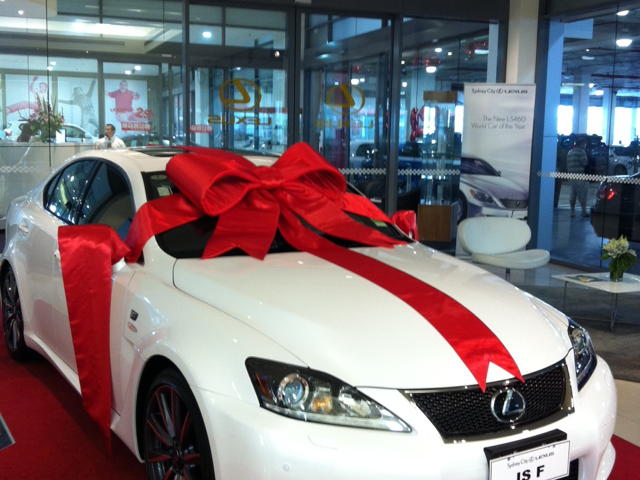 Dealers Cars Com >> Giant Custom Bows |Customised Car Bows | Large bows ...